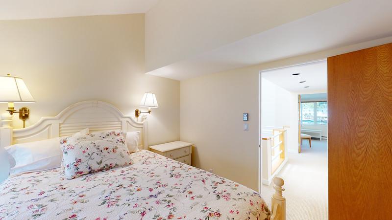 Harbor-Square-Condominiums-Unit-4-06202020_220020