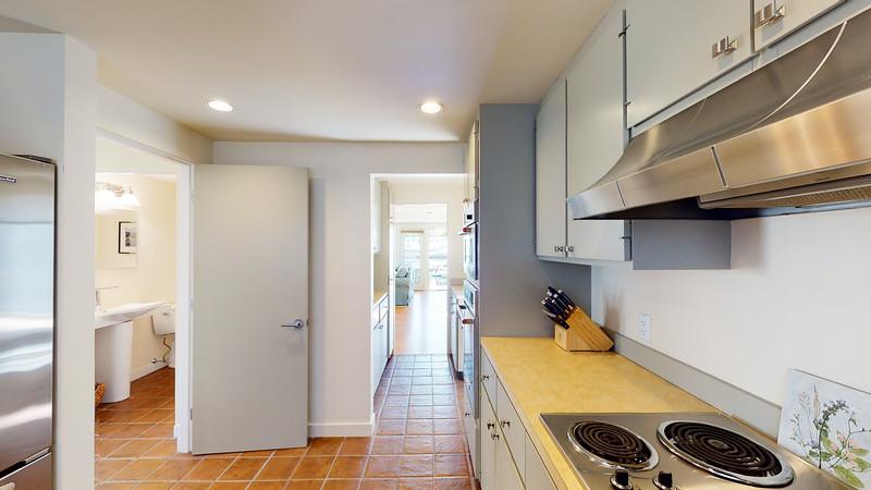 Harbor-Square-Condominiums-Unit-4-06202020_215706