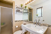 10 Master Bathroom