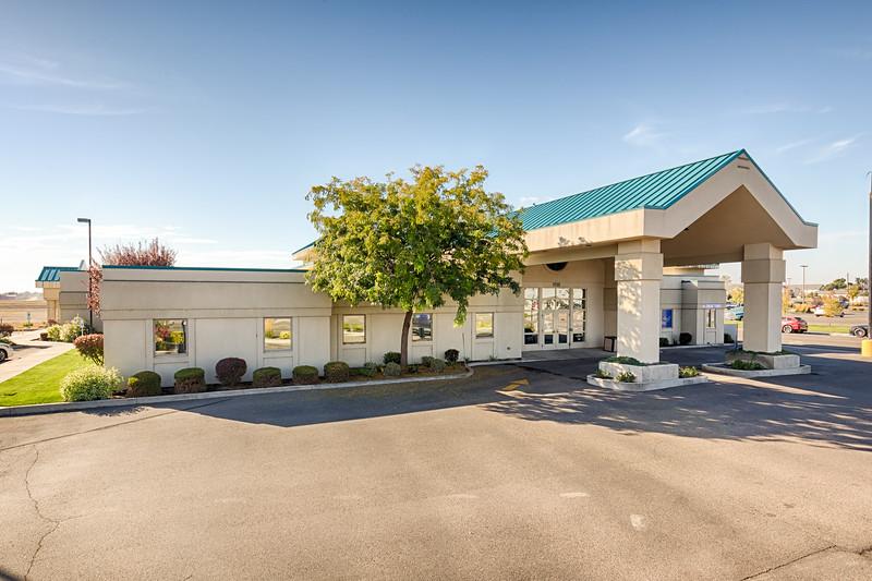 Fruitland Health Plaza-4