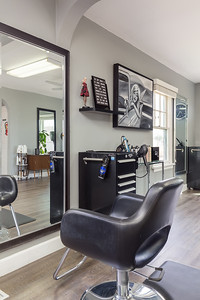 7 Stone Fox Salon