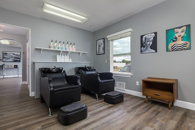 16 Stone Fox Salon