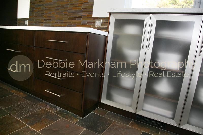 IMG_15432 corner cabinets