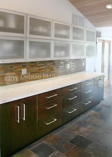 IMG_1397 V long cabinets along wall