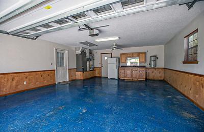 Garage-0018-081220