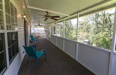 Porch-0152-081220