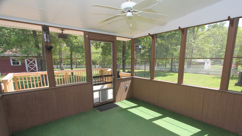 Screened porch for great outside enjoyment!