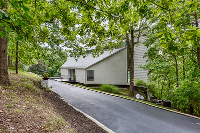 1516 Wolf Trail Road