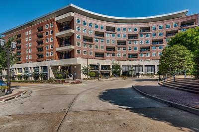 155 Carondelet Plaza #407