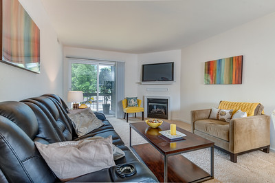 1929 Greenpoint Drive #201