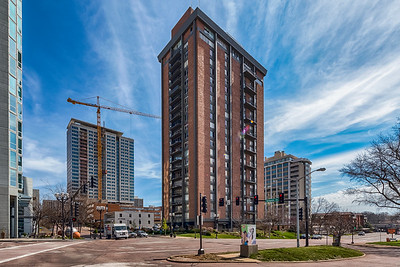 200 South Brentwood Boulevard #5C