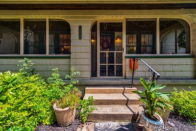202 Cottage Avenue