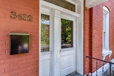3432 Chippewa Street