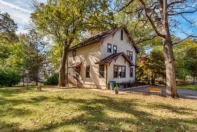 416 North Woodlawn Avenue