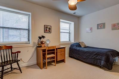 4220 McPherson Avenue Unit 204