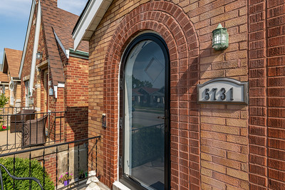 5731 Devonshire Avenue
