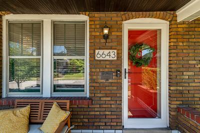 6643 Hoffman Avenue