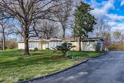 7 W Ladue Estates Drive