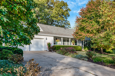 8715 Walter Midway