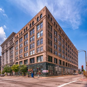 901 Washington Avenue #203