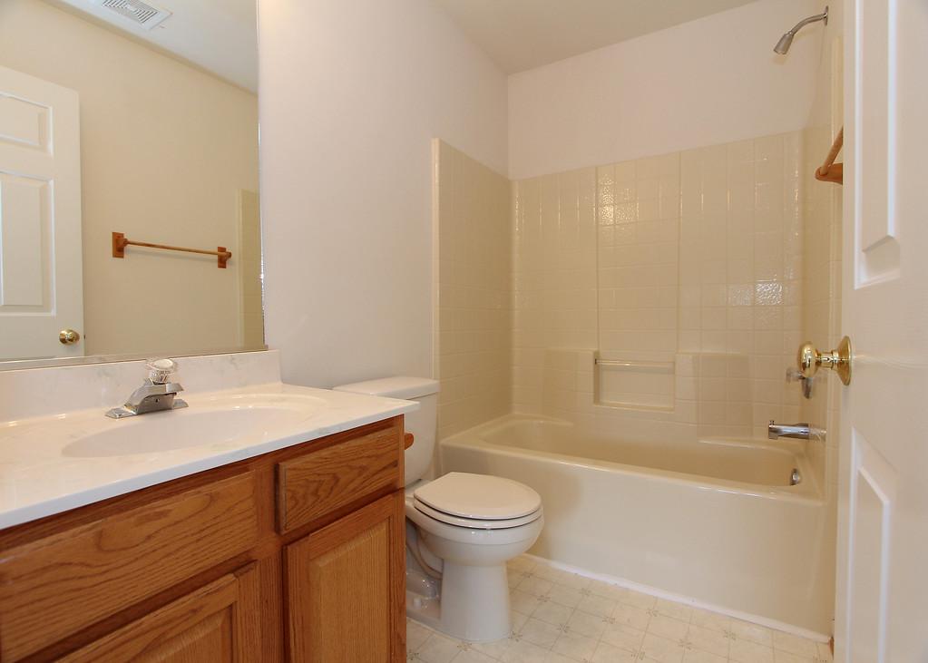 Upper level full bathroom
