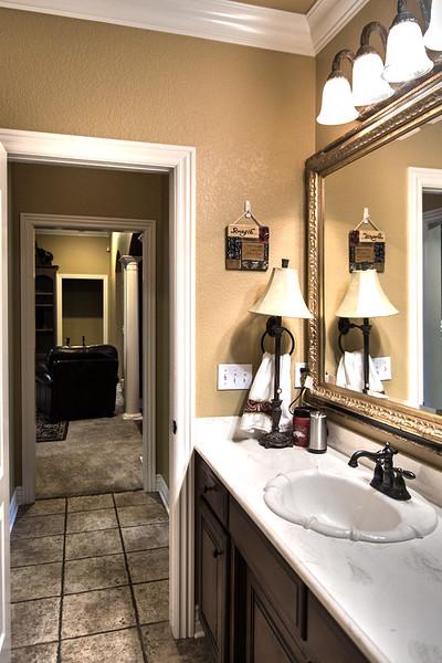 bathroom2HDR2
