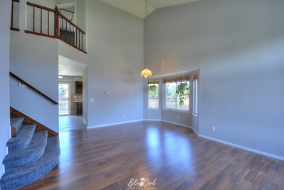 6935 Stockwell Dr-01