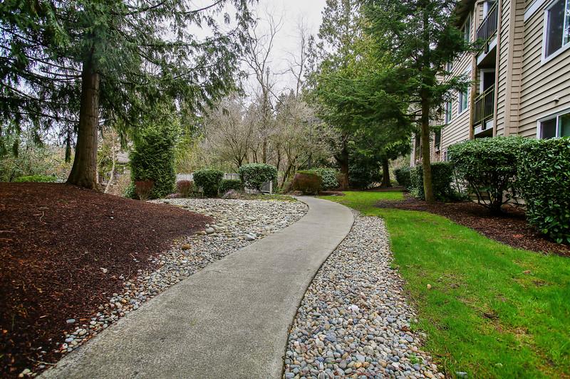 The Laurels at Mill Creek Apartments