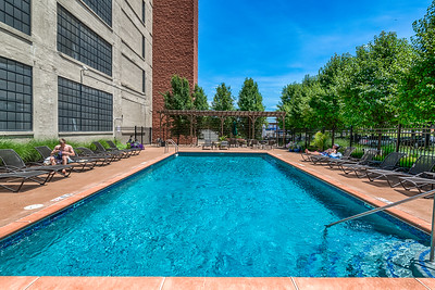 4100 Forest Park #422