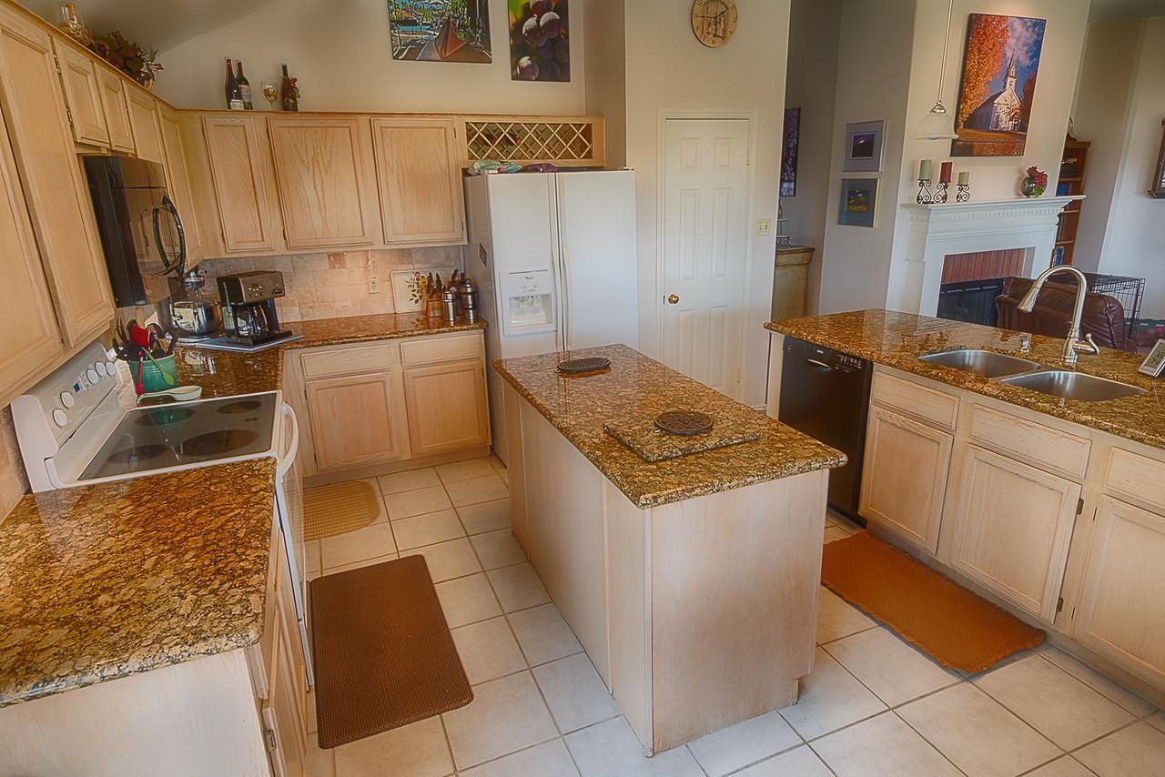 Bernstein Realty - Real Estate Offering - Houston, TX