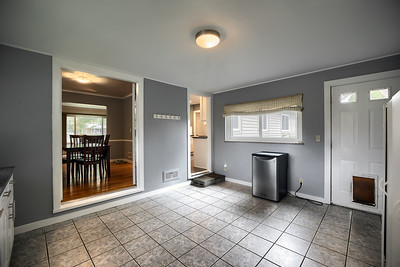 Redfin Real Estate - Photography by Robb McCormick / iGUIDE Columbus