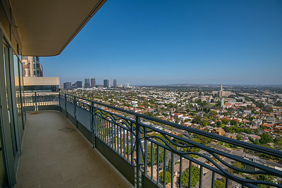 10800 Wilshire Unit 1804 Staged