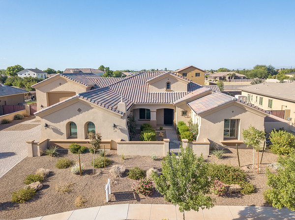 2166 East Aris Drive, Gilbert, AZ (MLS)