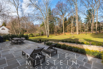 4 Purchase Hills Dr 12