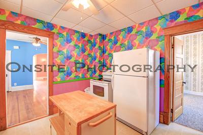 Apt1 Kitchen1