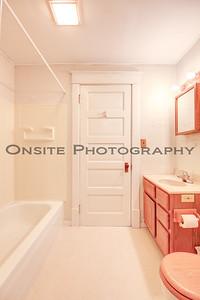 Apt1 Bath