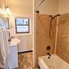 Apt9-Bathroom