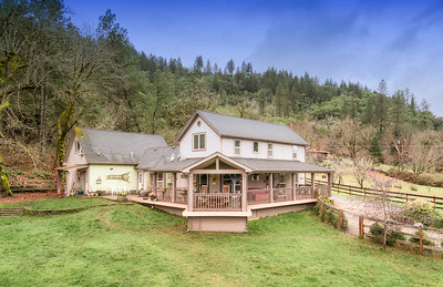 5459 Rogue River Highway