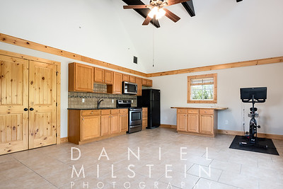 642 Anderson Hill Rd 44