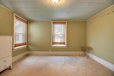 Upper Bedroom1