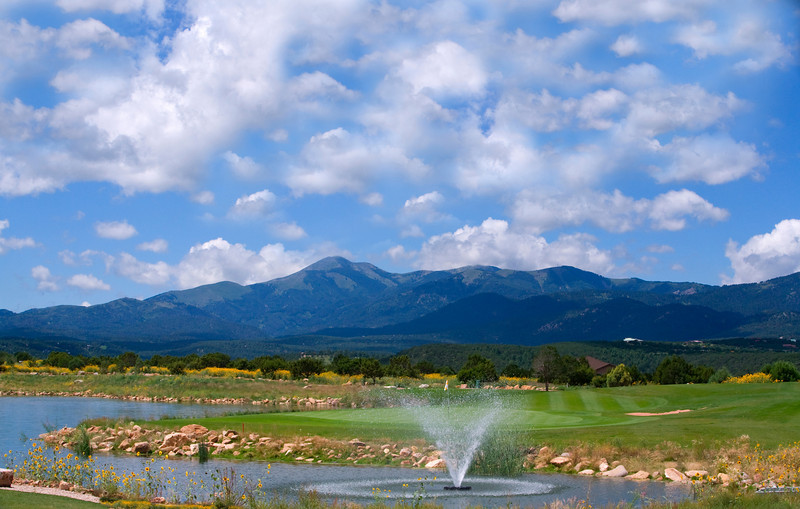 Hole 15 with Sierra Blanca in the distance, Rainmakers Golf & Recreation Community, Alto, New Mexico (Ruidoso)