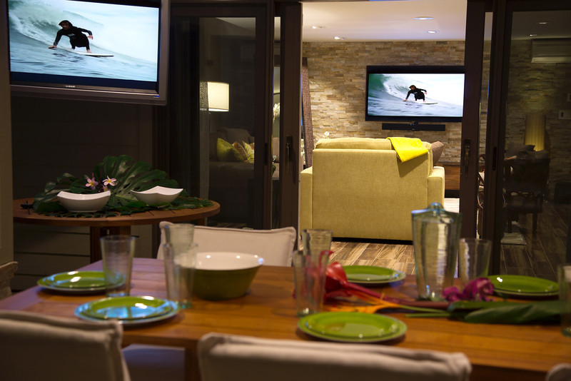 wave TV living and table
