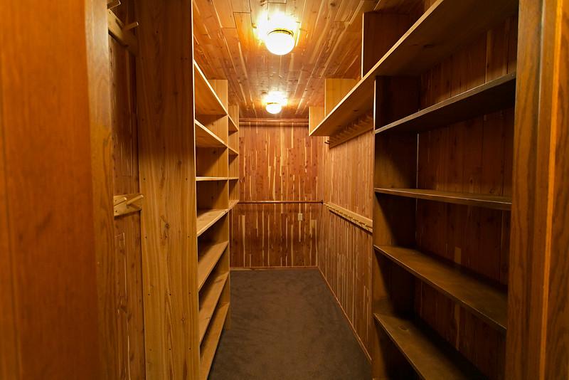 Full Walk-in Cedar Closet