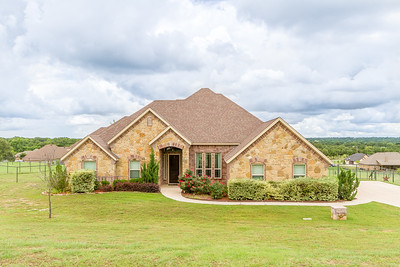 118 Meadow Bridge Dr.  Weatherford