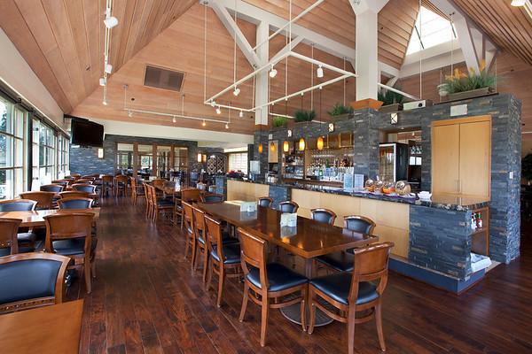 Canterwood Bar 02