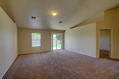 11256 Meadowriver-11