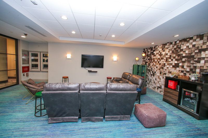 KH-Interior-Residences-2064-Mail & Rec Room off Lobby