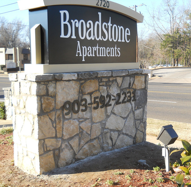 Broadstone Apartments