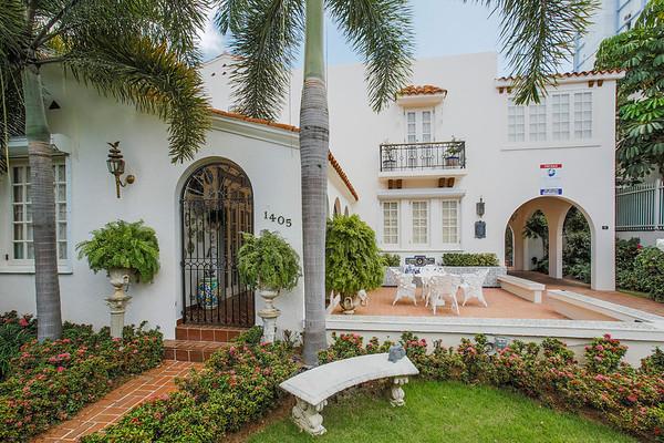 Ariel Gutierrez home