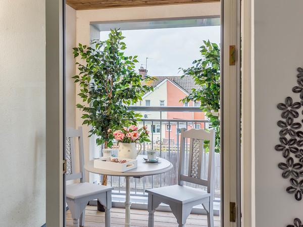 Balcony for tea